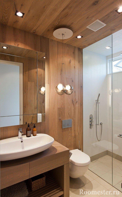 Сочетание дерева и плитки в интерьере ванной