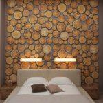 Стена в спальне из натурального дерева