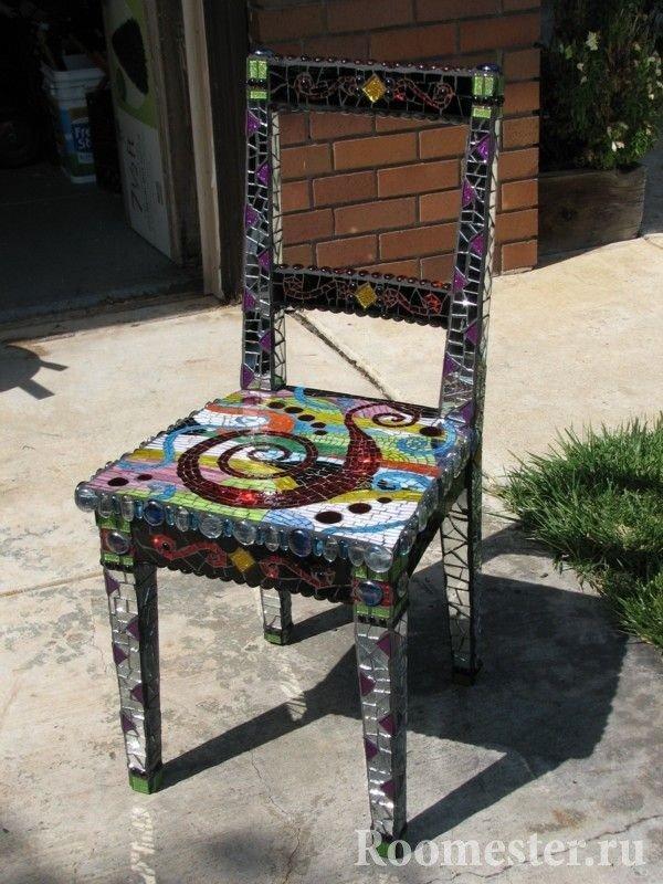 Оклеивание стула мозаикой