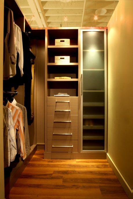 Дизайн гардеробной своими руками в маленькой комнате