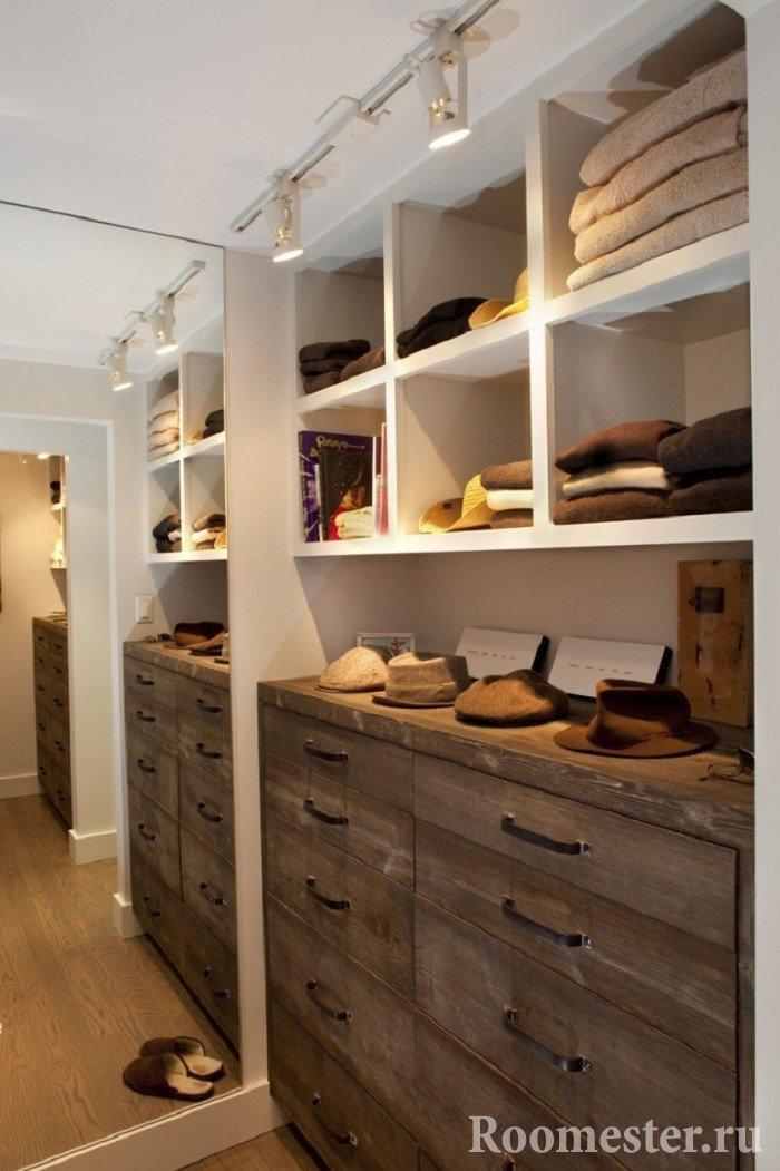Комод в гардеробной