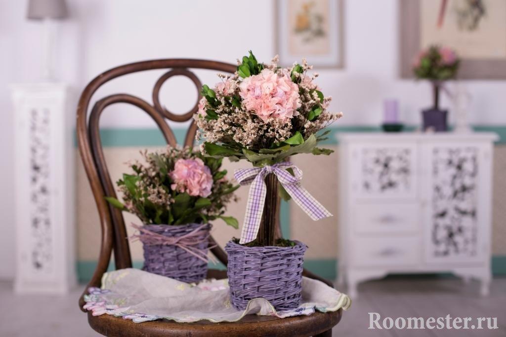 Декорирование букета цветов