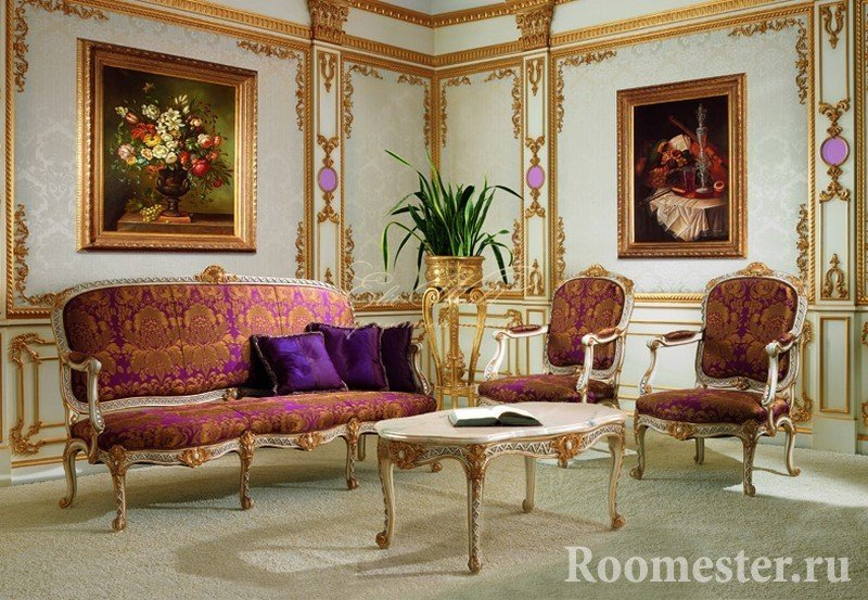 Картины на стенах гостиной