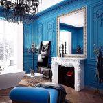 Бело-синий интерьер комнаты