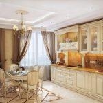 Кухня с белой мебелью