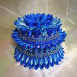 Синяя шкатулка с бусинами
