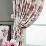 Цветы на шторах