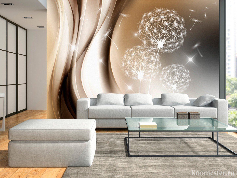 Светлая гостиная с диваном и пуфом