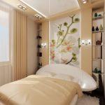 Полки на стене у кровати