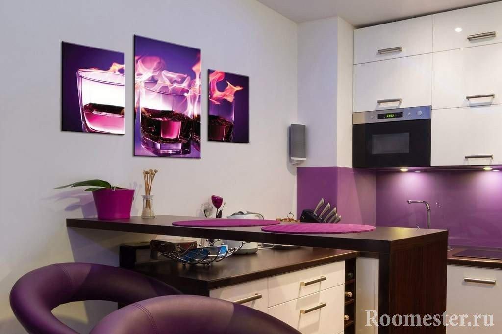Модульные картины на кухне в интерьере фото