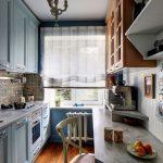 Шкаф на стене кухни