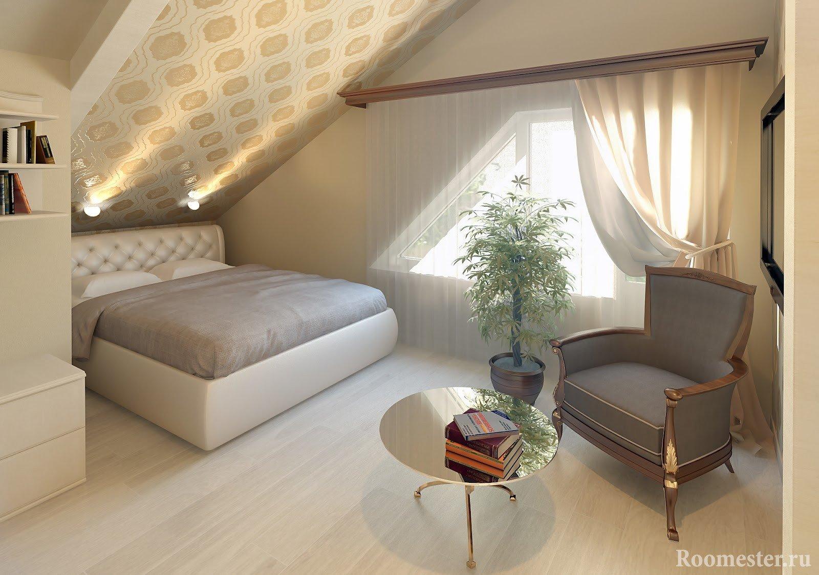 Цветок, кресло и столик напротив кровати