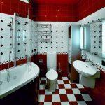 Шахматный пол в ванной