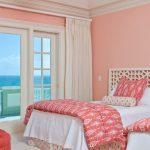 Вид на море с окна спальни