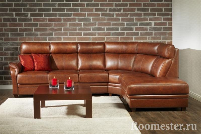Уловой диван в интерьере гостиной - 80 фото идей