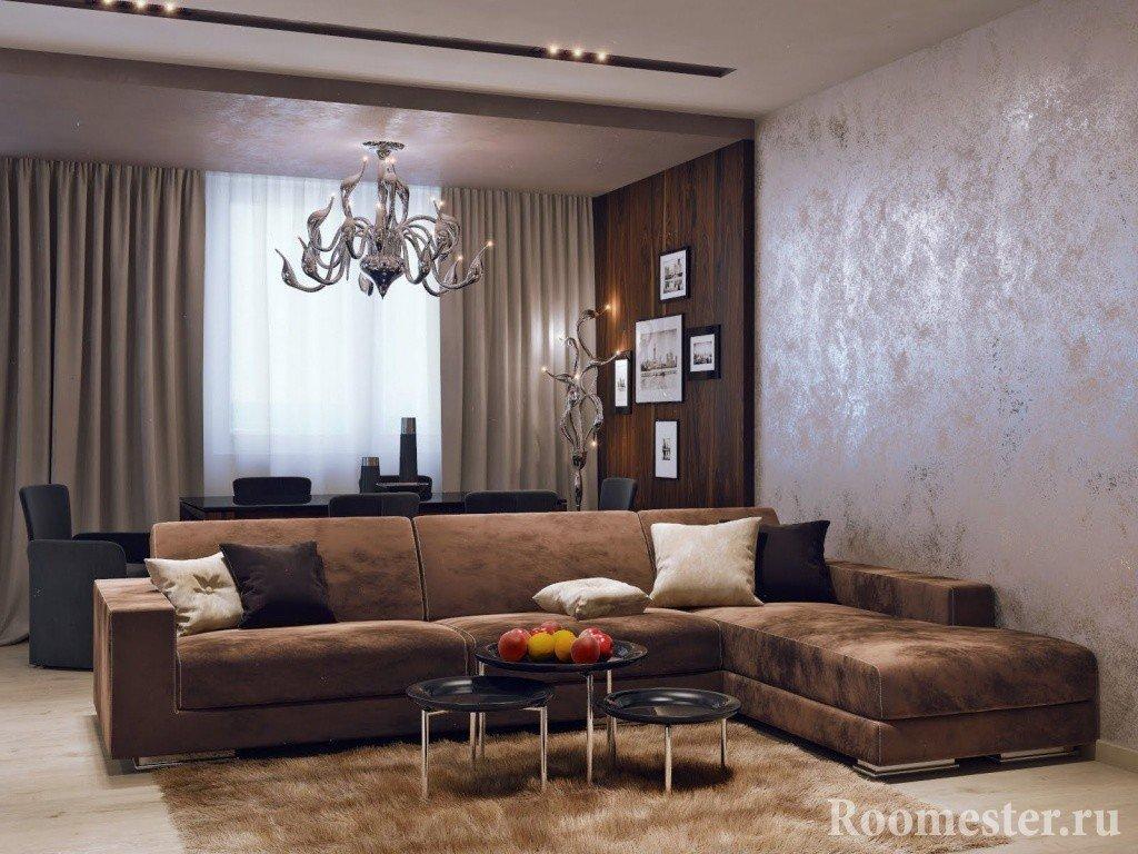 Угловой диван и оригинальный столик