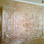 Пейзаж из штукатурки на стене