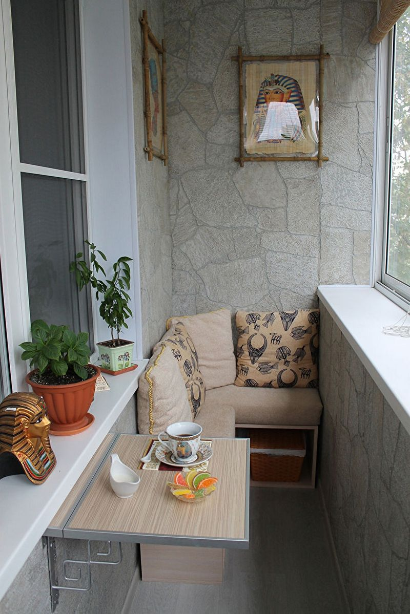 Красивый дизайн балкона в хрущевке