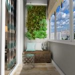 Живая стена на балконе