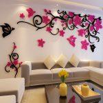 Объемные узоры на стене гостиной