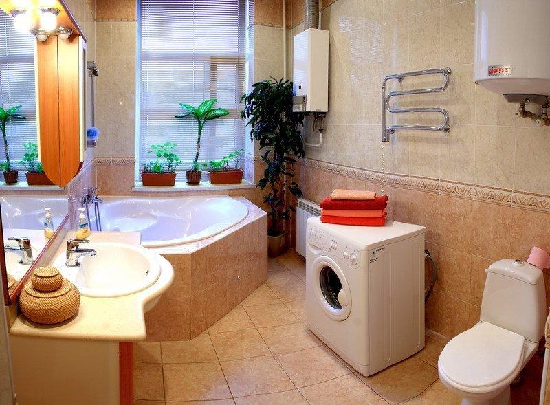 Газовая колонка в интерьере ванной