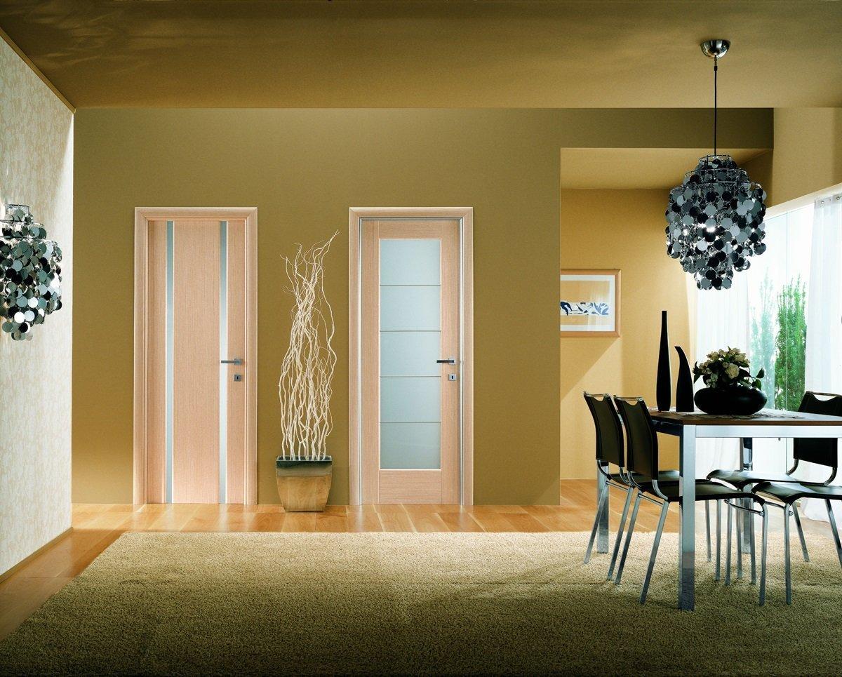Двери с разным дизайном в интерьере