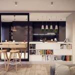 Темная кухонная мебель в светлом интерьере