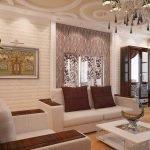 Потолок с узорами в гостиной