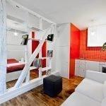 Красно-белый интерьер квартиры