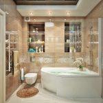 Ванная с современной сантехникой