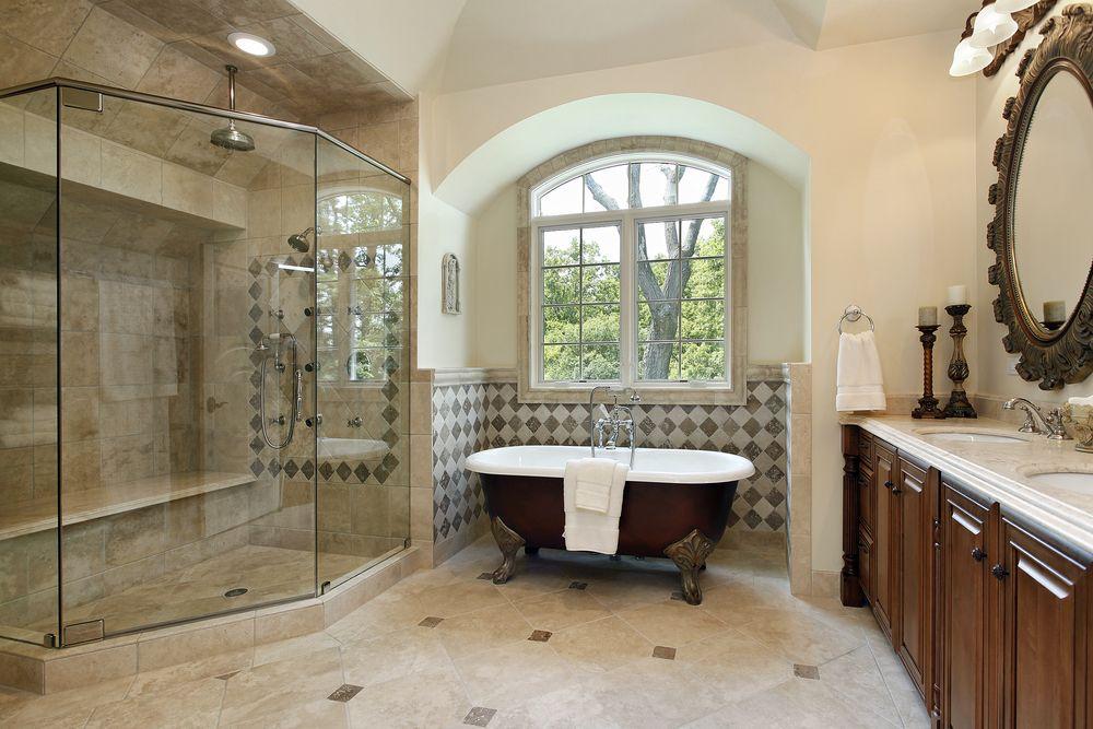 Комната с ванной и душевой