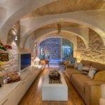 Большая гостиная с поперечными арками