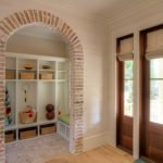 Обрамление арки декоративным камнем