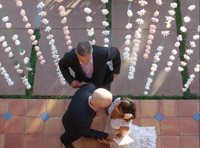 Свадебная бумажная гирлянда