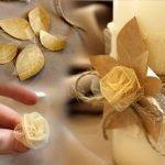 Украшаем розочками и сухими листочками