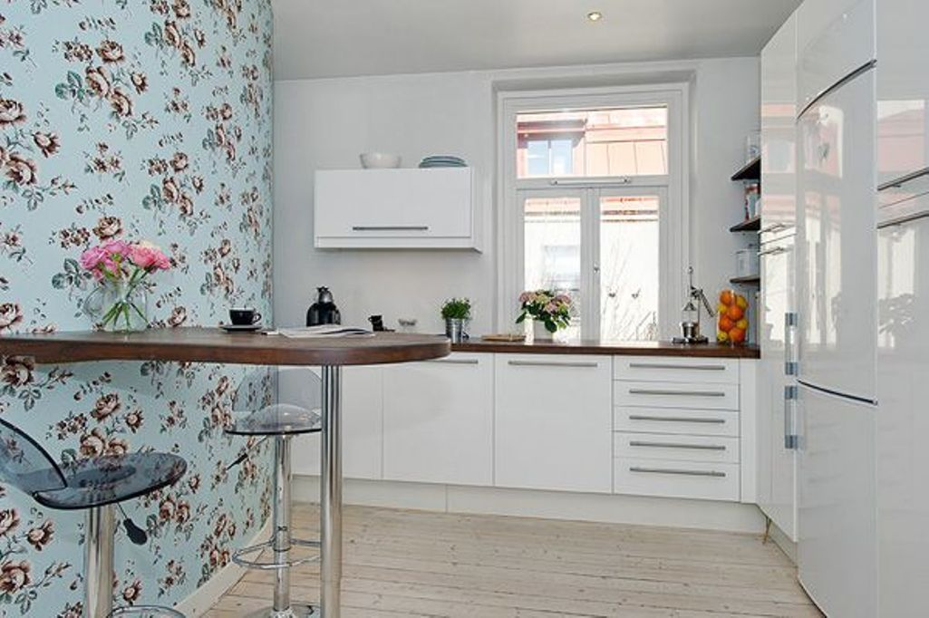 Акриловые обои в интерьере кухни