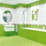 Бело-салатовый интерьер ванной