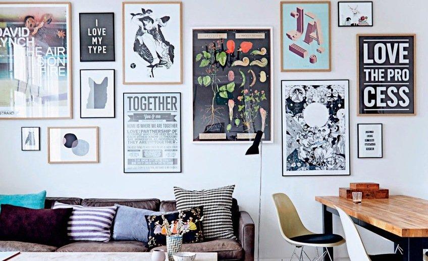 Картины разных размеров в гостиной
