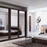 Гардероб со стеклянными дверьми