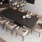 Длинный деревянный стол