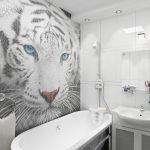 Тигр на стене