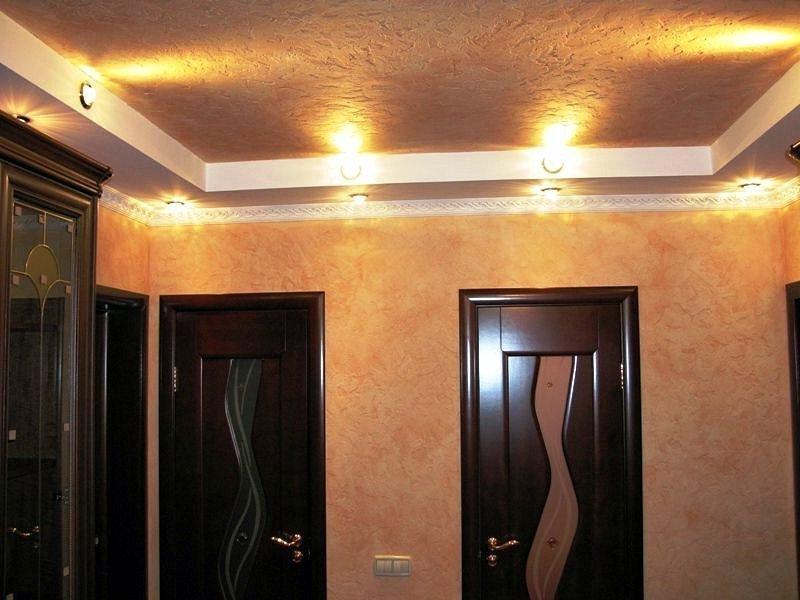 Декоративная штукатурка на потолке и стенах