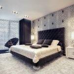 Черно-серая спальня в классическом стиле