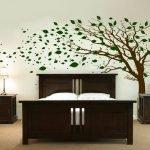 Древо над кроватью