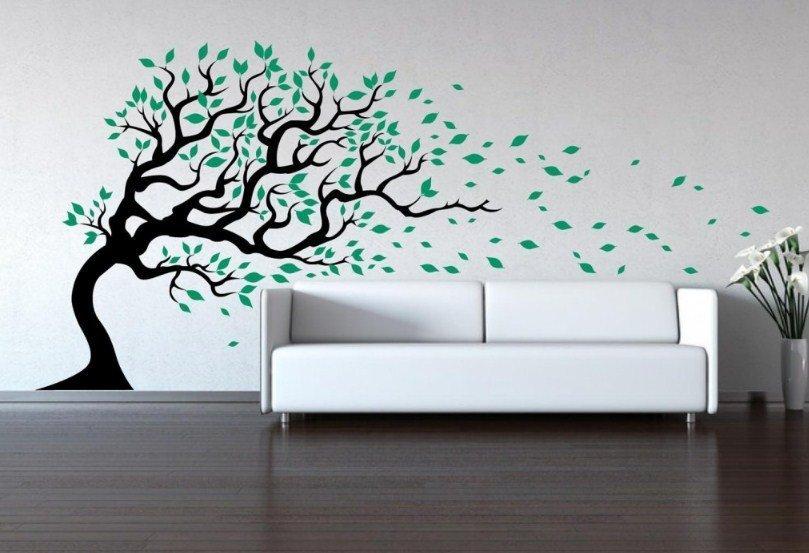 Виниловые наклейки в виде дерева в интерьере
