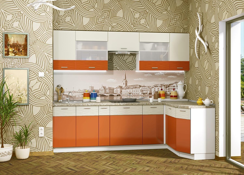 Компактная кухня в оранжевом цвете
