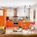Кухня-гостиная в оранжевых тонах