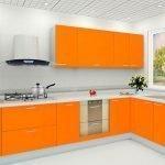 Угловой кухонный гарнитур оранжевого цвета