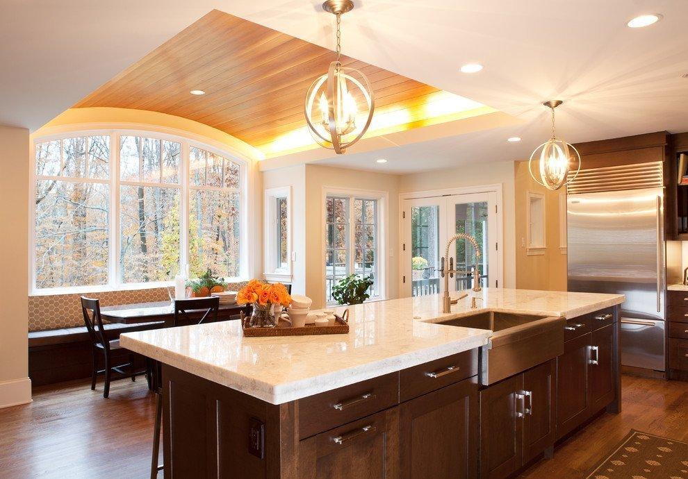 Комбинированный потолок в интерьере кухни
