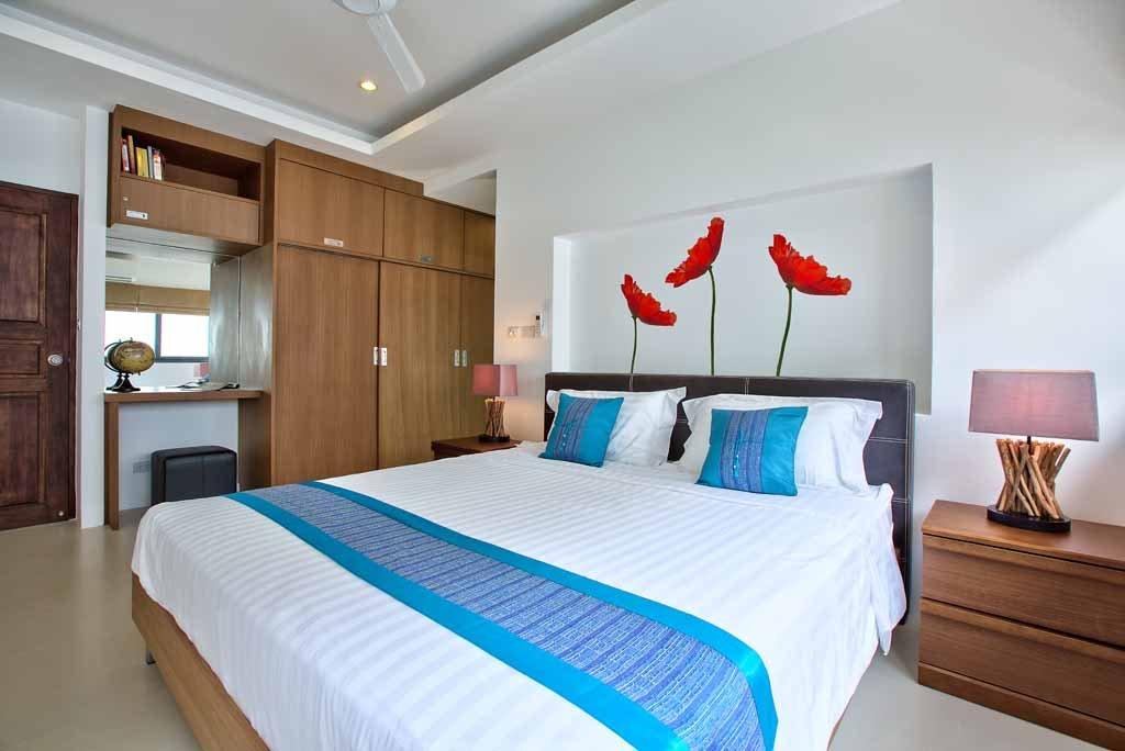 Спальня 16 кв. м. в квартире